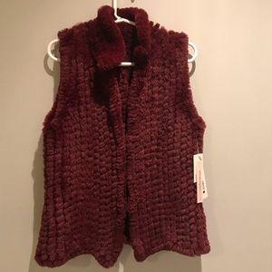 Aqua Womens Red Winter Faux Fur Lightweight Vest